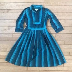 Adorbs retro dress!💙